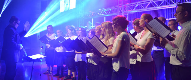The choir sings at Volt 2011 in UKK